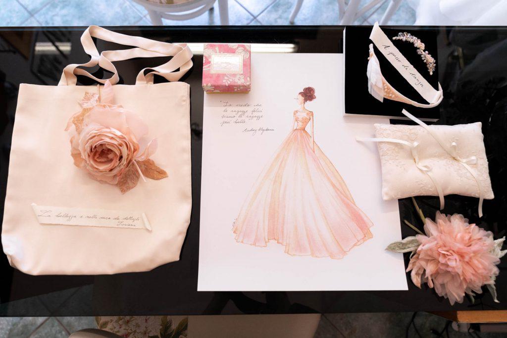 In questa foto il kit sposa firmato Couture Hayez e preparato per Martina