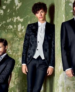 """Carlo Pignatelli cerimonia uomo 2021, abiti per un """"gentleman"""" dei nostri tempi"""