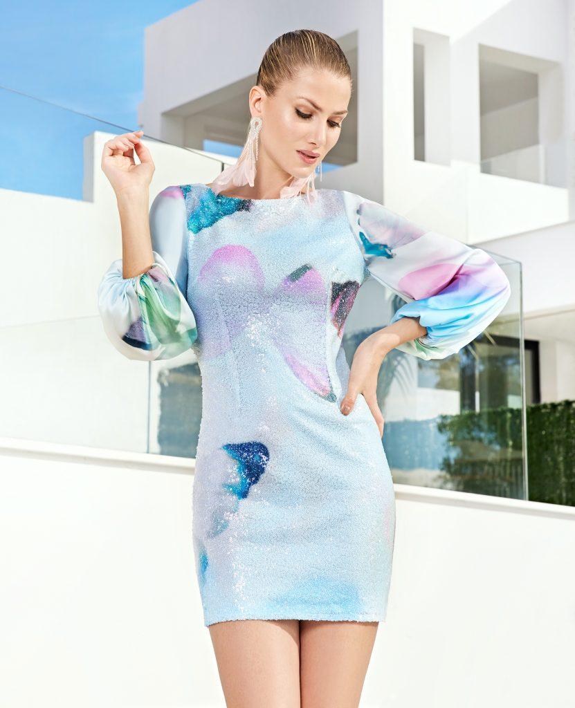 Un abito da cerimonia della collezione Sonia Peña 2021