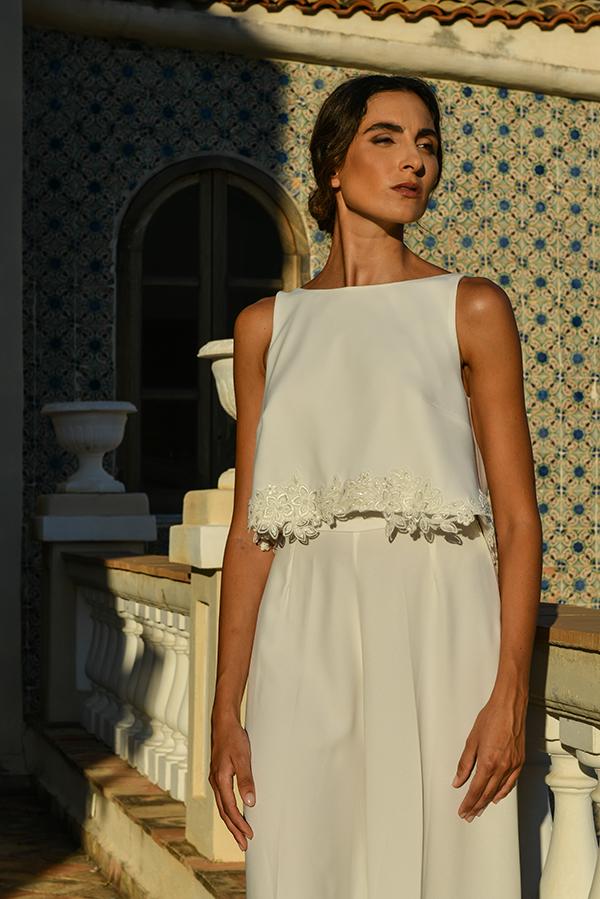 Un abito da sposa moderno ed elegante