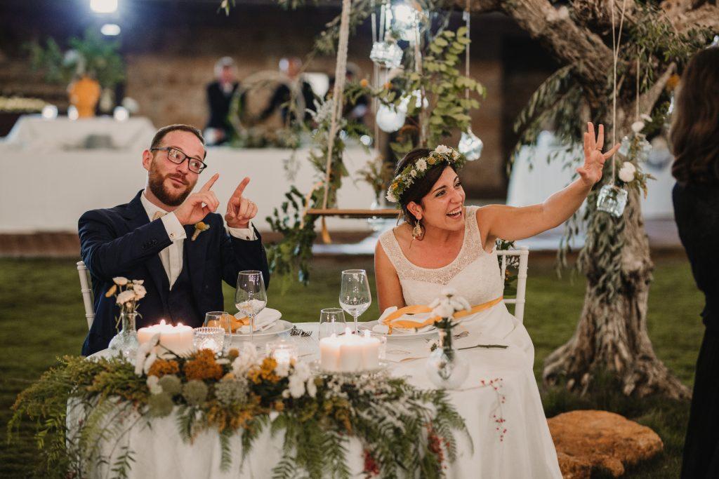 In questa foto il tavolo nuziale degli sposi a Torre dell'Orsa a Palermo