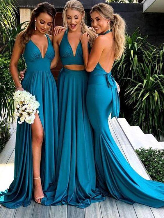 In questa foto tre modelle indossano abiti da damigella sexy in color ottanio