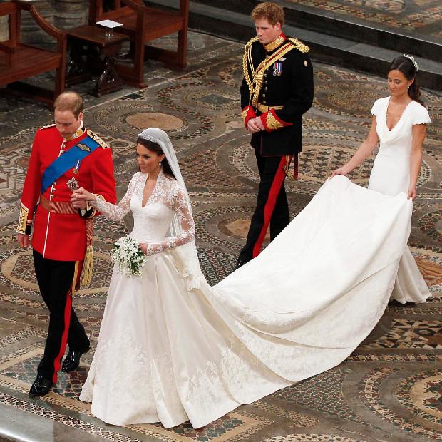 In questa foto il Principe William e Kate Middleton nel giorno delle loro nozze a Westminster