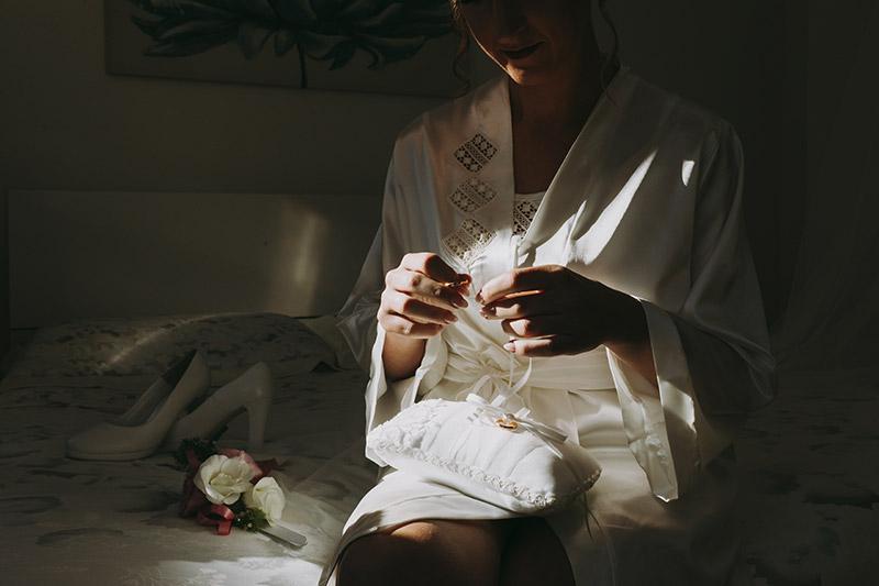 La preparazione della sposa il giorno del matrimonio