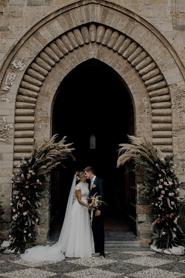 In questa foto le originali composizioni floreali del matrimonio di Martina e Salvo