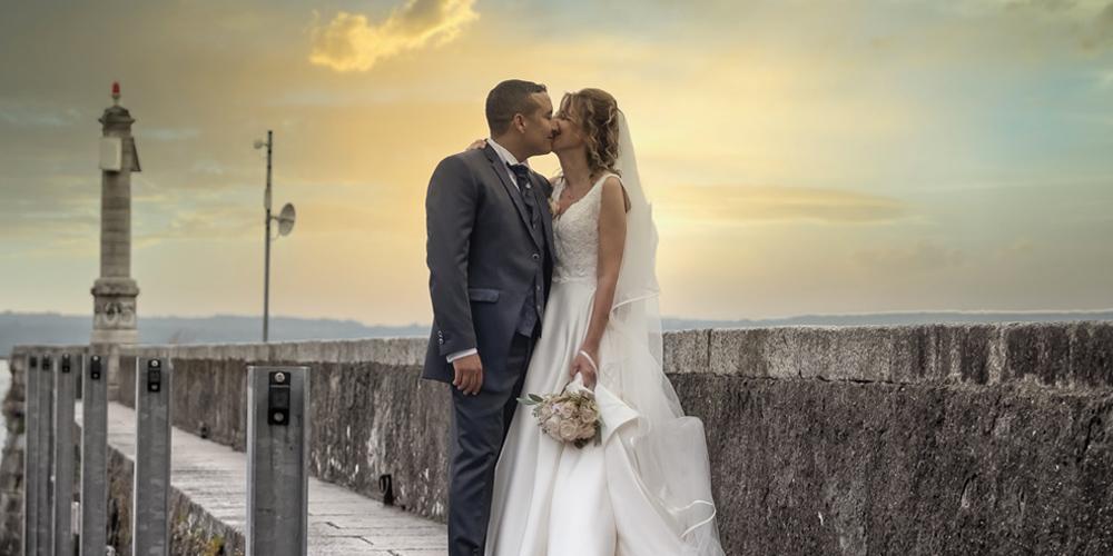 In questa foto due sposi seguiti da Paola Maravalle