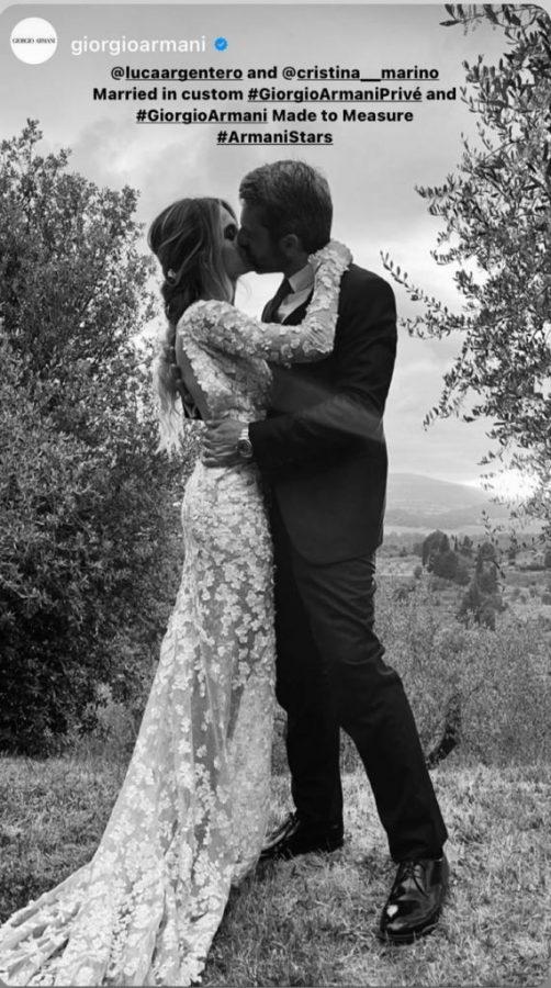 La foto apparsa sul profilo Instagram di Giorgio Armani. A sorpresa è stato celebraro il matrimonio tra Luca Argentero e Cristina Marino