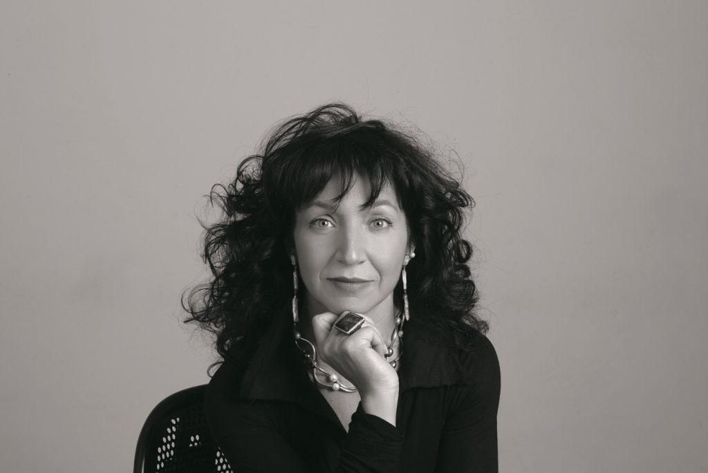 In questa foto la stilista Elisabetta Polignano che aprirà il calendario delle sfilate di Si Sposaitalia 2021 a Milano