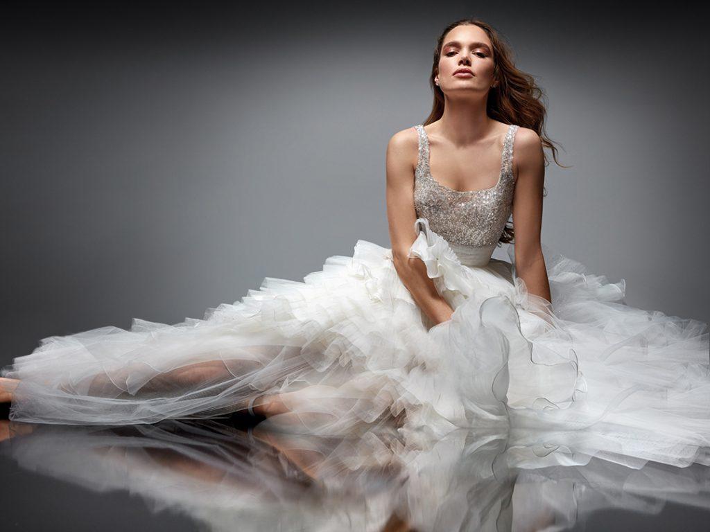In questa foto un abito della collezione Nicole Couture 2022