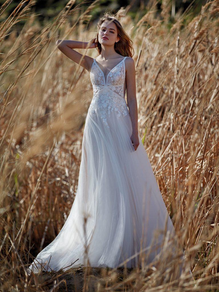 In questa foto un abito da sposa della collezione della maison