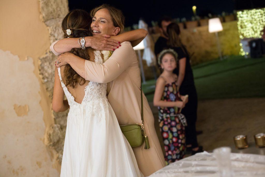 In questa foto la wedding planner Antonella Candido alla fine del ricevimento di nozze.