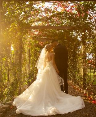 Uno studio itinerante per Entire for Wedding