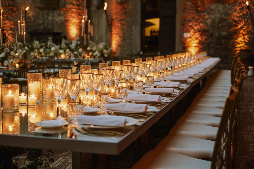 In questa immagine l'allestimento floreale delle nozze.