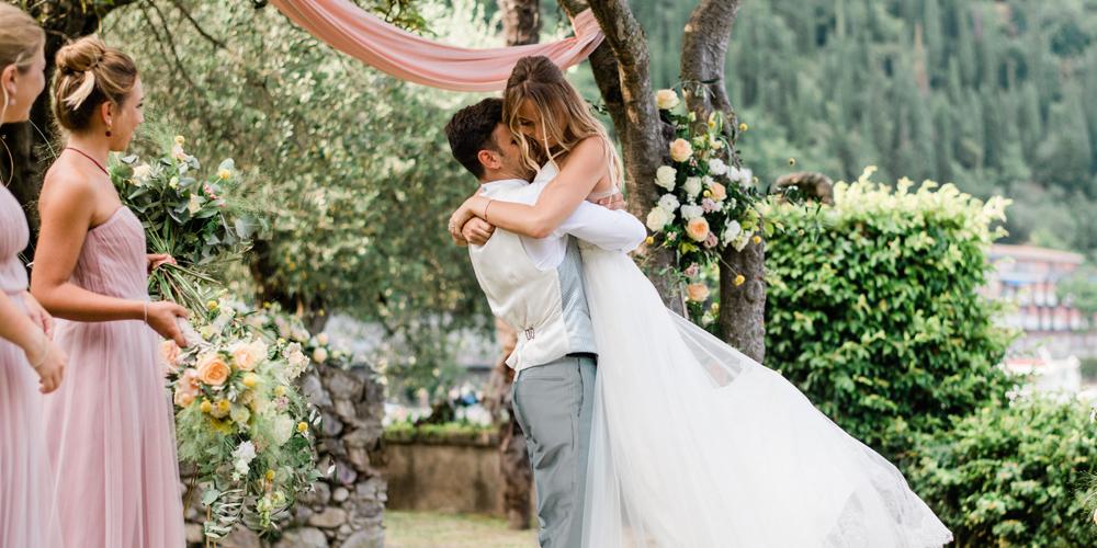 Una coppia di sposi in un matrimonio organizzato da OttoQuattro Eventi