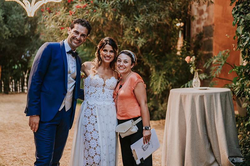 In questa foto La Wedding Planner Tania Costantino con gli sposi Anna e Francesco