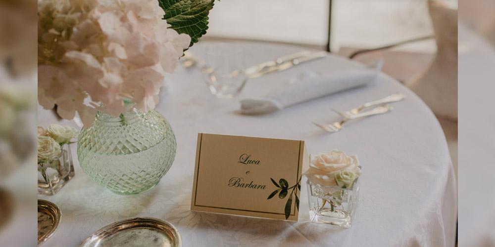 In questa foto il segnaposto ideato per le nozze rustic-chic ideate da Valeria Fazio