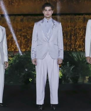 Carlo Pignatelli torna alla Barcelona Bridal Fashion Week