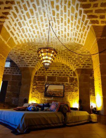 In questa foto l'interno di Castello di Solanto