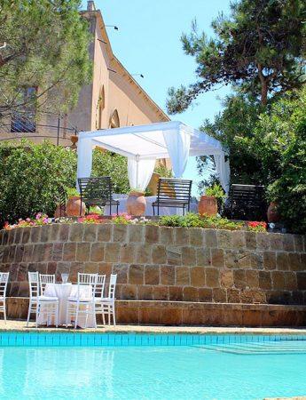In questa foto la piscina del Castello di Solanto