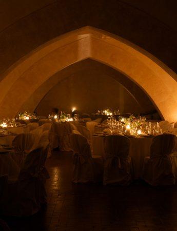 In questa immagine un ricevimento nuziale organizzato nelle sale del castello di San Nicola