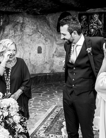 L'emozione dei parenti in una foto naturale
