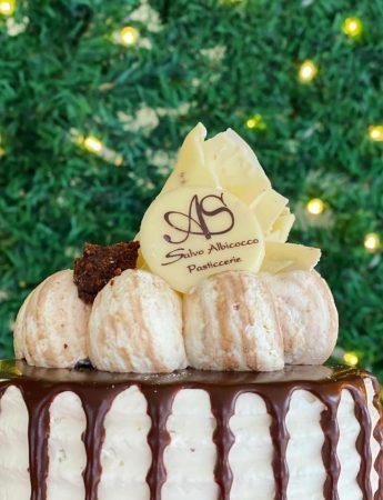 In questa foto una torta di Salvo Albicocco