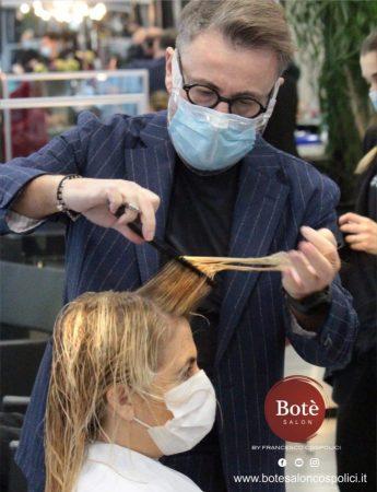 In questa foto l'hair stylist di Palermo Francesco Cospolici