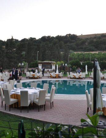 In questa foto la zona piscina di Tenuta Bellaprima