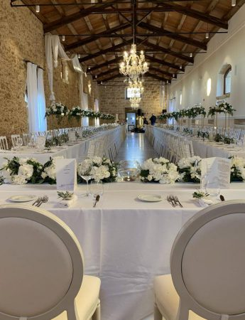 L'elegante sala delle capriate