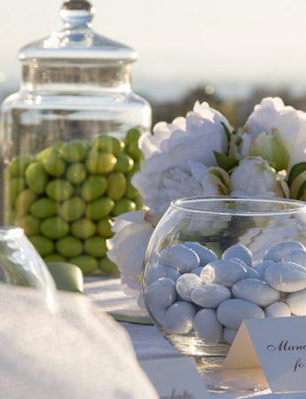 In questa foto un elegante allestimento nuziale firmato da 4Spa, hotel matrimonio Catania