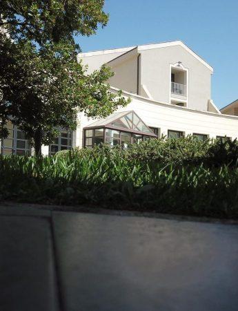 In questa foto il Grand Hotel Villa Itria,