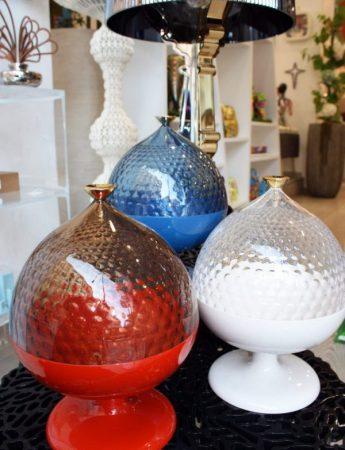 In questa foto dei particolari articoli decorativi che è possibile trovare da Cristal Flint