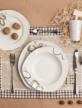 In questo scatto dei particolari e versatili articoli per la tavola in vendita da Di Cristofalo