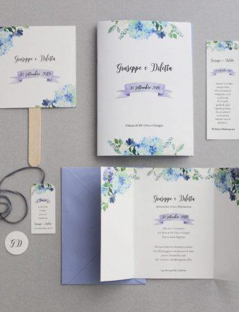 Una Wedding stationery con elegante stampa floreale