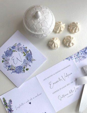 Nella foto, una partecipazione di matrimonio di Chiara Eventi Wedding Decor