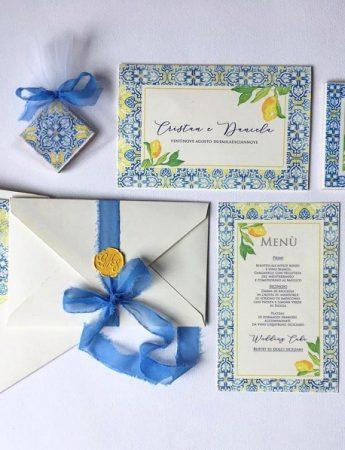 Nella foto, partecipazione matrimonio e wedding suite di Inviti di nozze RSPV