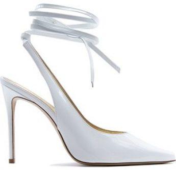 In questa foto scarpe da sposa slingback Aldo