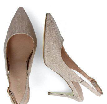 in questa foto scarpe da sposa slingback Leone Palermo