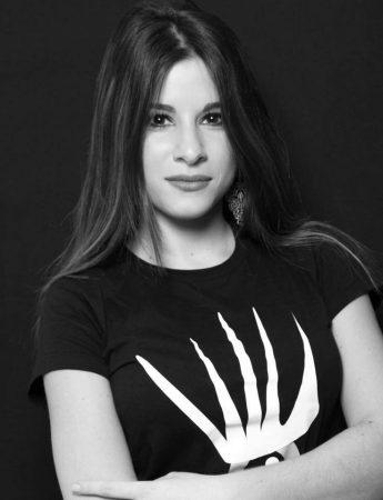 In questa foto la make up artist di Palermo Viviana D'Emanuele